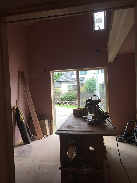 建築中の娘の部屋
