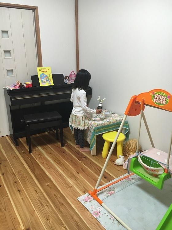 娘の部屋の中