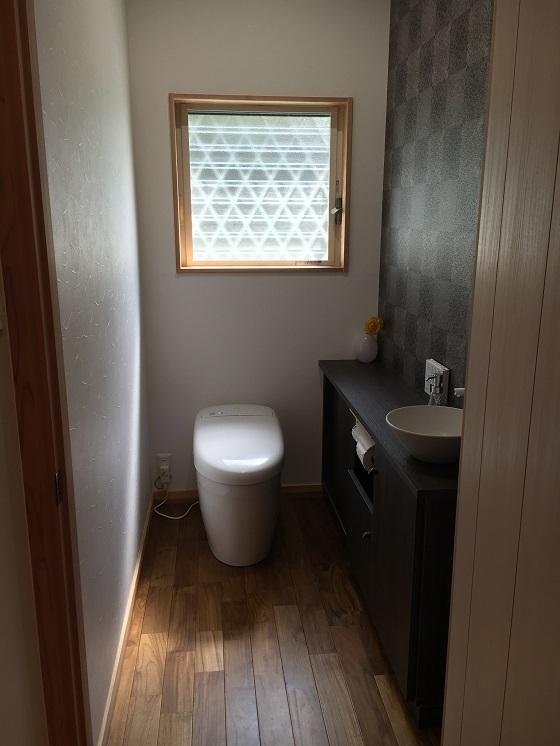 【WEB内覧会 トイレ】TOTO(トートー)ネオレストはお掃除らくらく。選んで良かった!おしゃれで機能性抜群