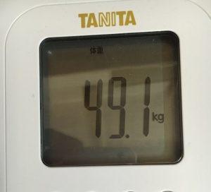 体重49.1kg