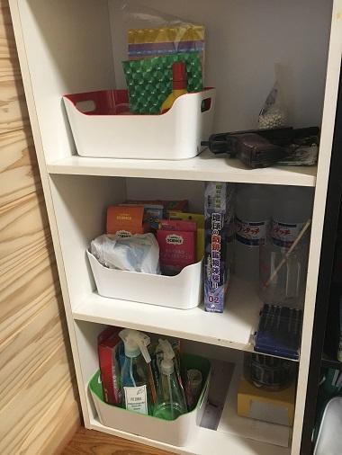 息子の部屋のカラーボックス