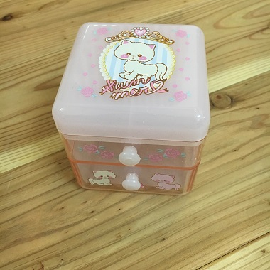 アクセサリーや小物を入れるBOX