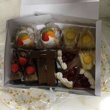 たくさんのショートケーキ