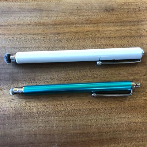 スマイルゼミの旧タッチペンとRISUのタッチペン